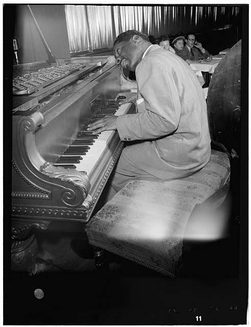 erroll garner 02.jpg