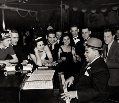 fats waller 02.jpg