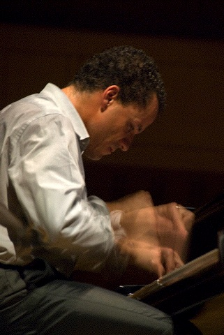 jacky terrasson 01.jpg