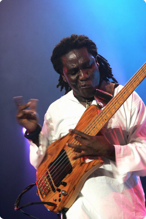 richard bona 08.jpg